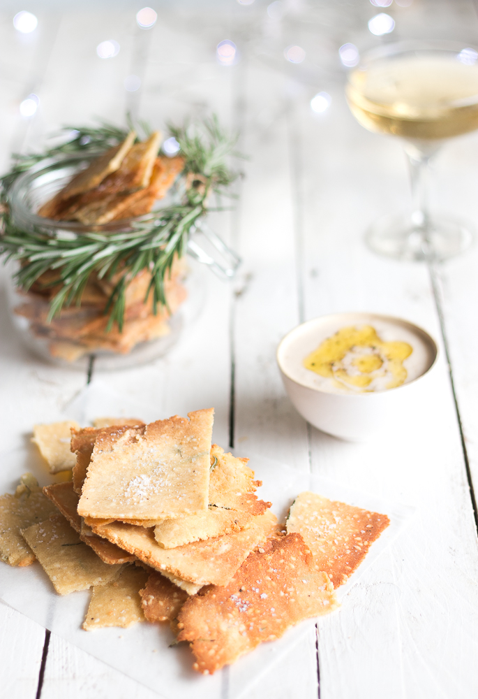 Rosemary and Sea Salt Crackers // The Luminous Kitchen