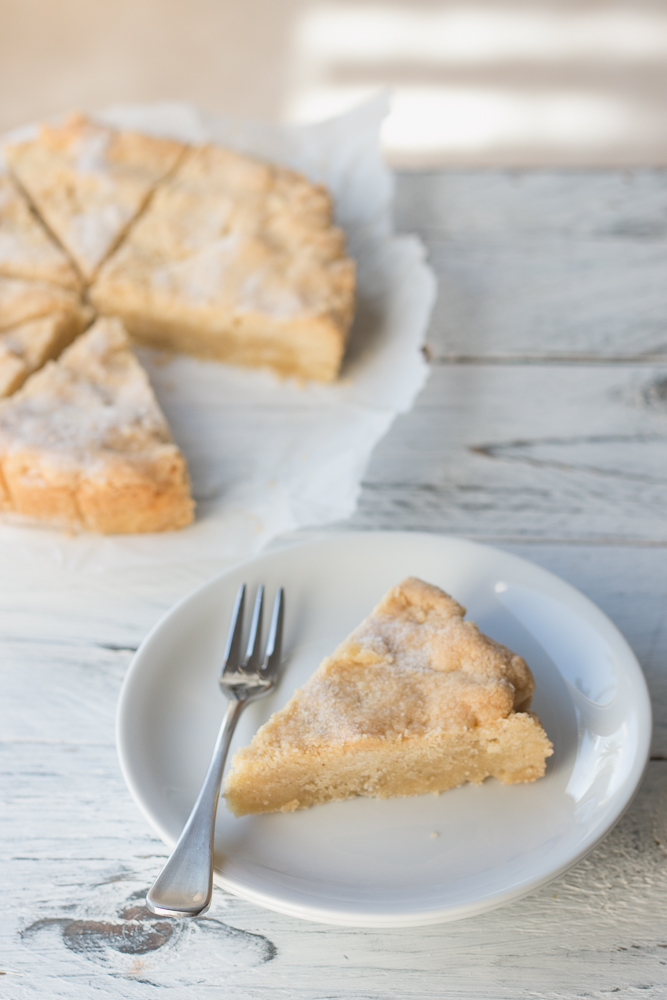 4 Ingredient Vanilla Shortbread | The Luminous Kitchen